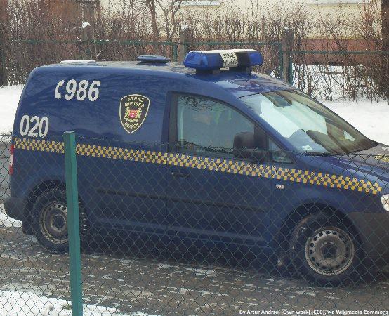 SM Olsztyn: Wyrzucił pralkę przy drodze i odjechał